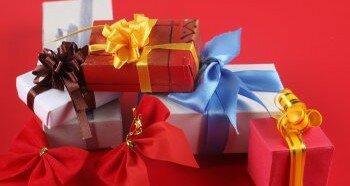 Выбор подарка для обеспеченного человека