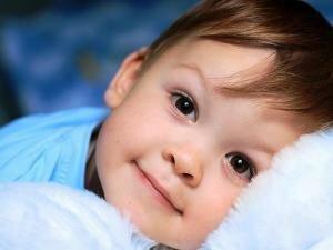 У кареглазых детей цвет глаз не меняется