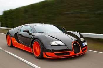 Черный с оранжевым спорткар