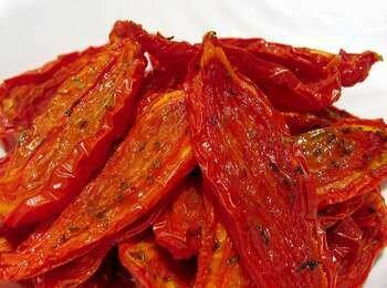 Вяленые помидоры с приправой