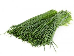 Зеленый лук для пирога