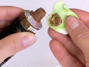 Окрашивание полимерной глины