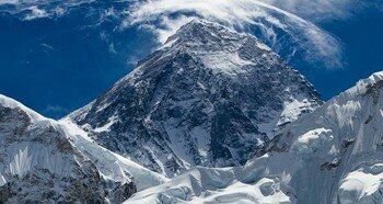 Вершина горы Эверест