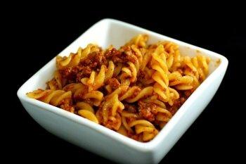 Вкусные макароны с тушенкой